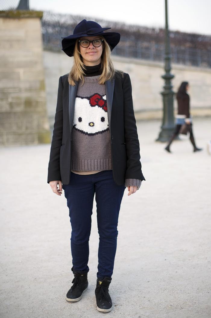 Hello Kitty Paris Street Fashion Street Peeper Global Street Fashion And Street Style