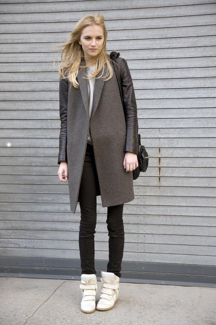 Model At Dkny Ny Street Fashion Street Peeper