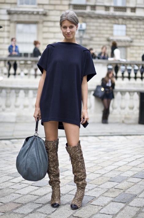 Sarah Harris British Vogue Street Fashion Street Peeper Global Street Fashion And Street